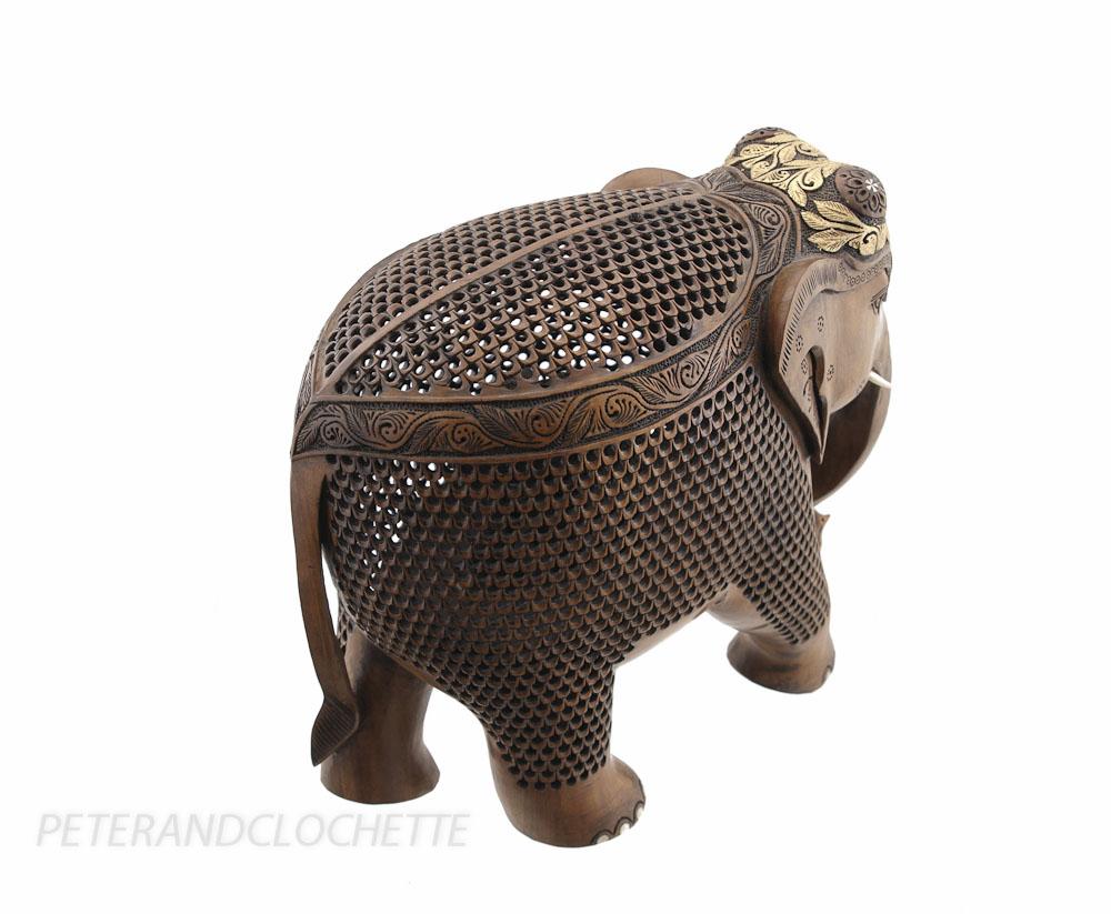 STATUE ELEPHANT BOIS SCULPTURE INDIENNE D ART DE DENTELLE